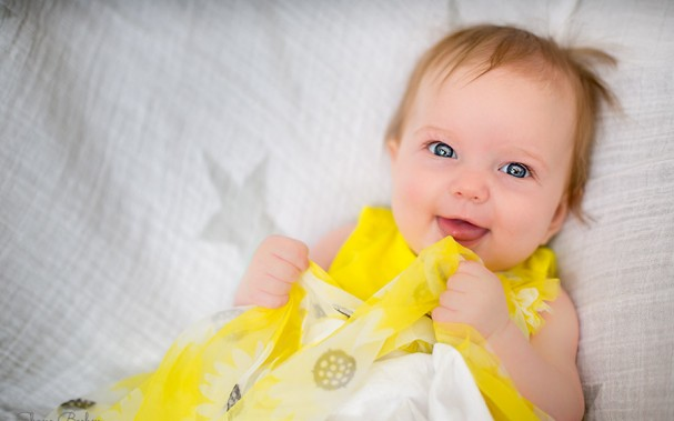 Baby Photography - 4 Months Old - Yellow Dress